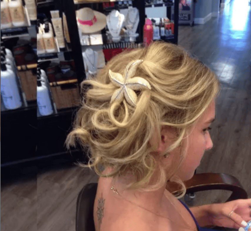 Bridal hairstyle with shell